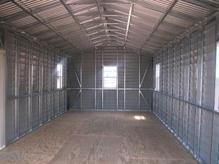 중국 미국에 의하여 조립식으로 만들어진 박공 강철 헛간, 차 저장은 강철 건물을 흘립니다 협력 업체