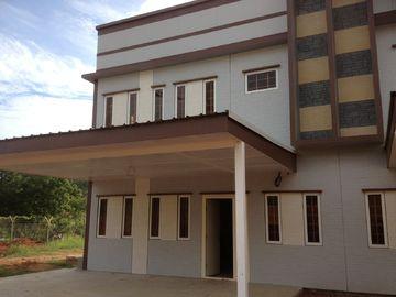 중국 가벼운 강철 구조 조립식으로 만들어진 집 지진 저항/빛 계기 강철 집 대리점